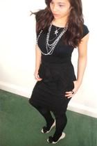 black H&M skirt - black next tights - black Zara t-shirt - beige Zara shoes - si