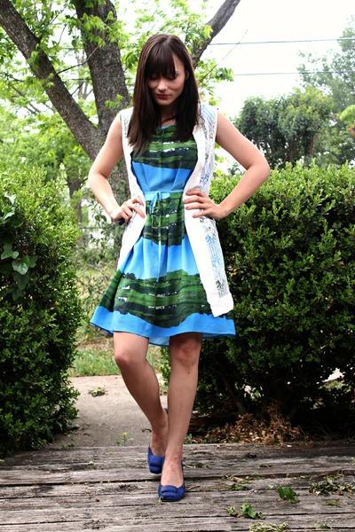 lace vintage vest - suede Clarks shoes - landscape print Anthropologie dress