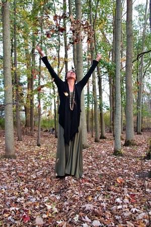 maxi dress SeamlyCo dress - olive green cardigan