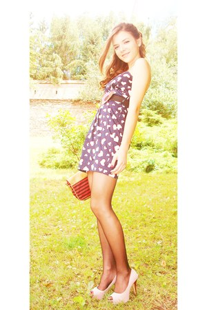 navy Ziggo dress - ruby red Bershka bag - light pink enzo bertini heels