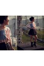 boots - sunglasses - skirt - t-shirt