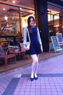Blue-shoes-navy-dress-white-tights-silver-hand-bag-silver-guess-bracelet