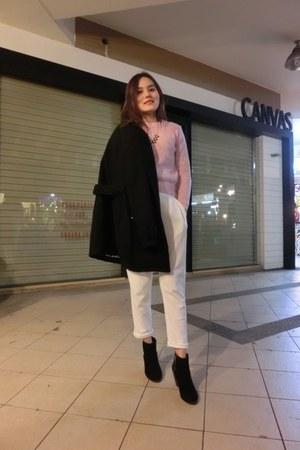 black heel boots - black coat - bubble gum sweater - white haron pants