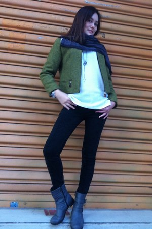 heather gray boots - chartreuse jacket - charcoal gray scarf - black pants