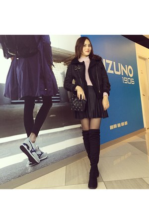 black knee boots - black coat - bubble gum H&M sweater - black bag - black skirt