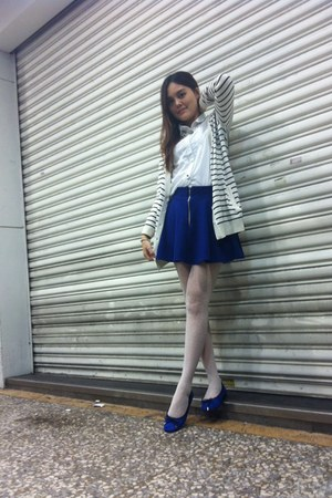 blue shoes - white non-stop coat - white tights - white blouse - blue skirt