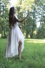 Eggshell-platforms-deezee-shoes-white-lace-h-m-bodysuit