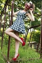 black handmade dress - red high deezee heels