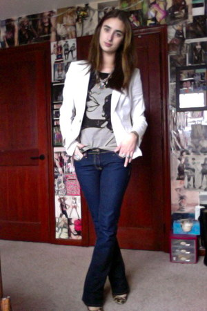 navy Old Navy jeans - white ann taylor blazer