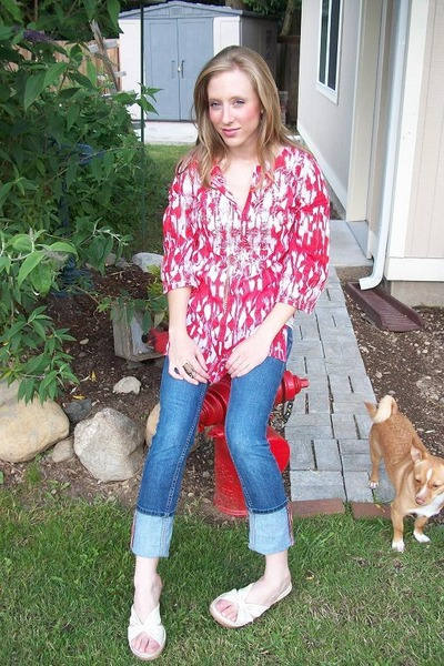 red INC top - beige Cherokee shoes - blue Miss Bisou jeans - brown