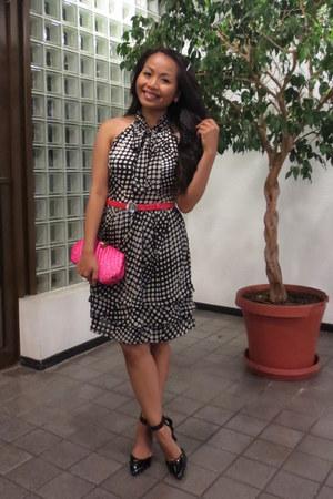 black polka dot Forever 21 dress