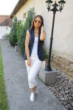white asos bag - white ribbed H&M top - white cropped Stradivarius pants