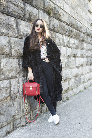 black ray-ban sunglasses - red Zara shirt - red 31 Phillip Lim bag