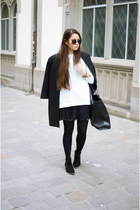Zara coat - Ganni boots - tote Zara bag - zeroUV sunglasses - Sismeek watch