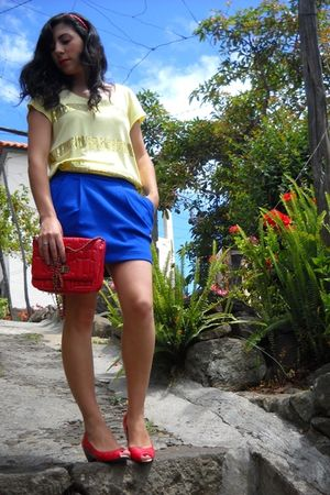 yellow H&M shirt - blue Pimkie skirt - red Zara shoes - red pull&bear accessorie