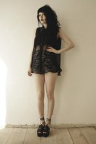 black Shakuhachi shorts - black sandals