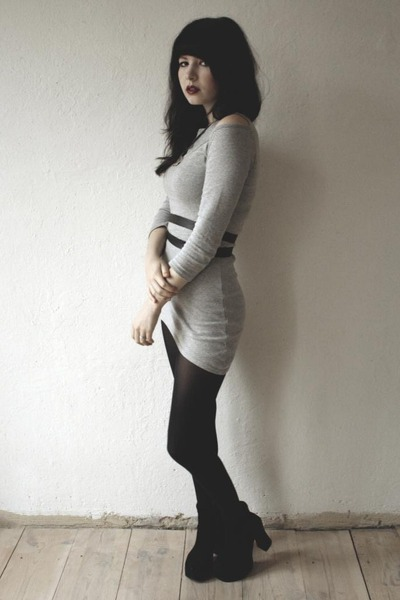 black leather belt - heather gray cut out dress