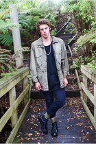 black black jeans Levis jeans - dark khaki khaki parker thrifted vintage jacket