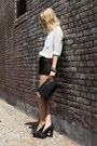 Aquamarine-style-by-marina-shirt-black-lomme-bag-black-leyendecker-shorts