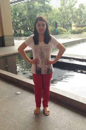 white Mango top - red Forever 21 pants - beige Mango sandals