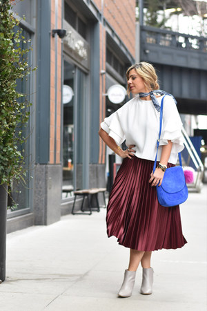 crimson Zara skirt - off white Zara boots - blue donni gigi Doni Charm scarf