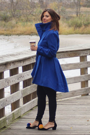 yellow Vèvèlle scarf - blue trench coat Steve Madden coat