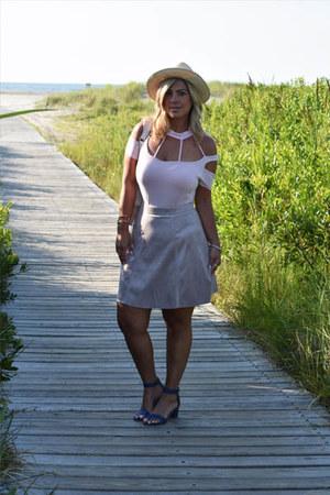 light pink sude skirt H&M skirt - eggshell straw hat Valdez hat