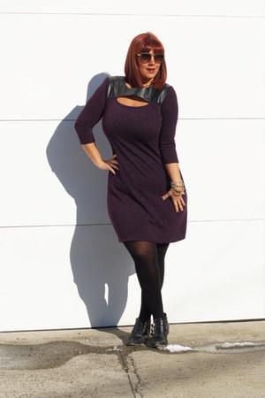 purple METROSTYLE dress - black buckle booties Michael Kors boots