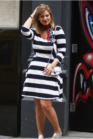 silver sandals Secret Celebrity sandals - black stripped dress Old Navy dress