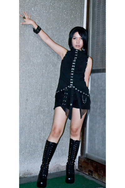 black Roc boots - black diy maldita shorts - black Punk Rave top