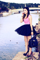bubble gum top - black bag - black skirt - black pumps