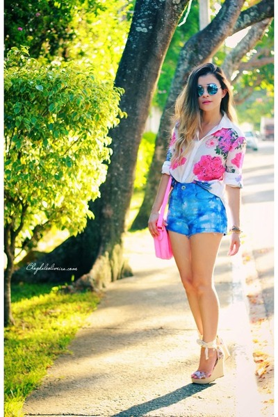 blue sunglasses - sky blue shorts - ivory blouse