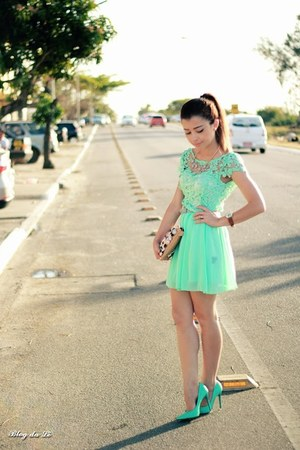 aquamarine shoes - aquamarine dress