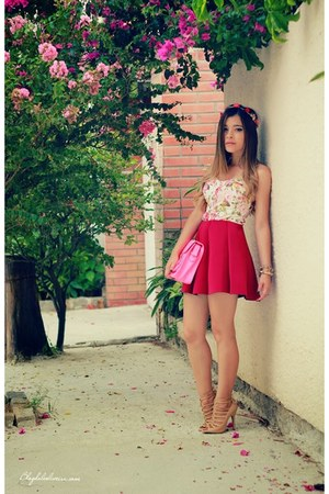 hot pink skirt - cream top