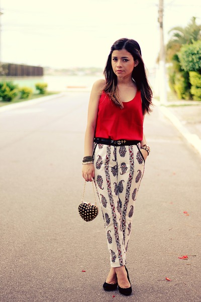 "Black Bags, Ruby Red Shirts, White Pants | ""Chic Pants"" by ..."