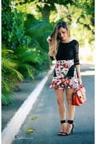red skirt - black shirt