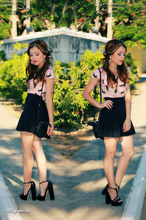 light pink shirt - black skirt