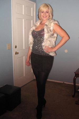 BlondeStarStyle vest - Forever 21 top - BlondeStarStyle skirt - Steve Madden Lux