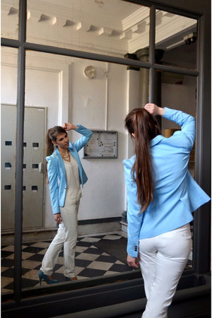 light blue Zara blazer - white shirt - light blue new look heels - white pants