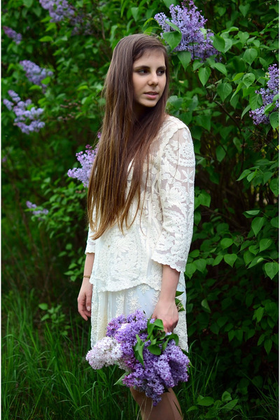 white lace H&M blouse - ivory lace reserved skirt