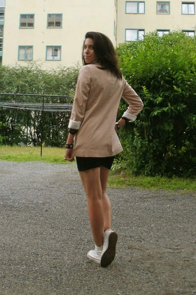 Pink Geztus Blazers, Black Dresses, White Converses, Black