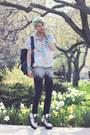 Aquamarine-holographic-unif-sneakers-heather-gray-501-levis-pants