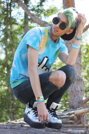 teal Wren and Glory bracelet - aquamarine DIY shirt - black romwe glasses