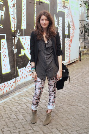 Isabel Marant boots - Isabel Marant jeans - Mango jacket