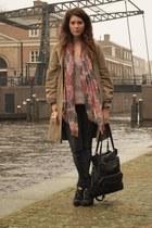 Zara boots - H&M jeans - Mango jacket - Mango scarf - Mango bag