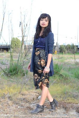 Forever 21 boots - skirt - dark navy Charlotte Russe blouse