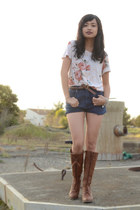 Forever 21 shirt - Urbanogcom boots - Gloria Vanderbelt shorts