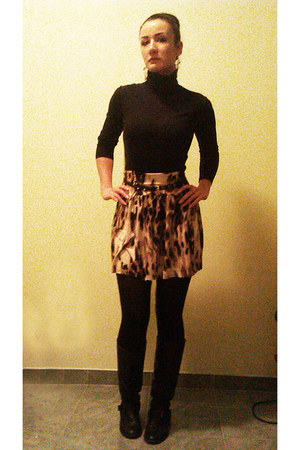 light brown circle jersey DIY skirt - black leather Bershka boots