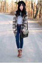 BDG bag bag - Cooperative boots - BDG denim jeans - Heritage cardigan