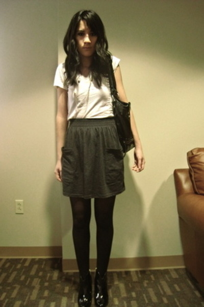 white t-shirt unknown brand - American Apparel - tights f21 - ankle boots f21